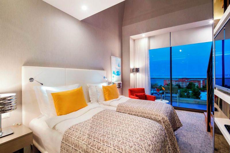 AYT 77327 The Sense De Luxe Hotel 0119 02