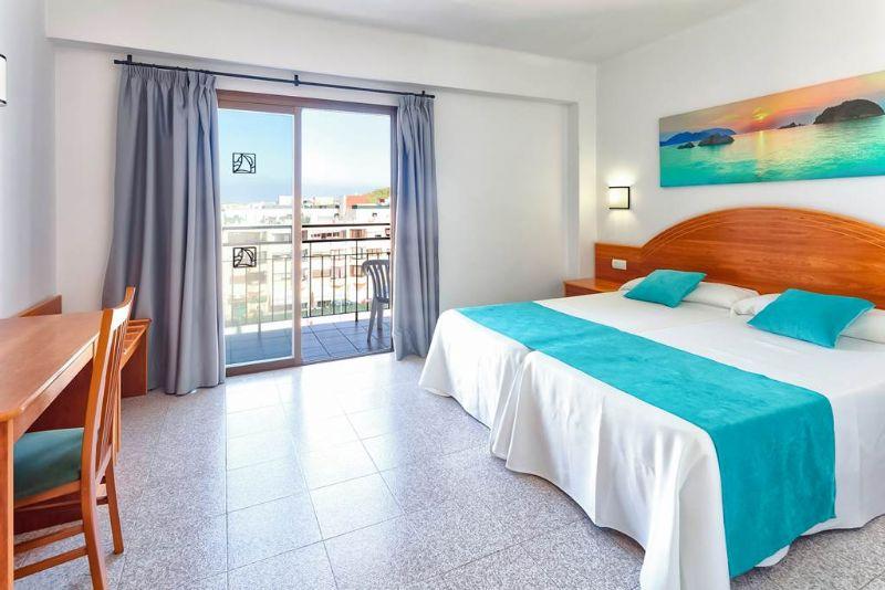 IBZ 1130 Hotel Brisa 0719 07