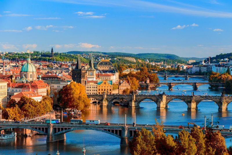 Christmas Deal to Prague
