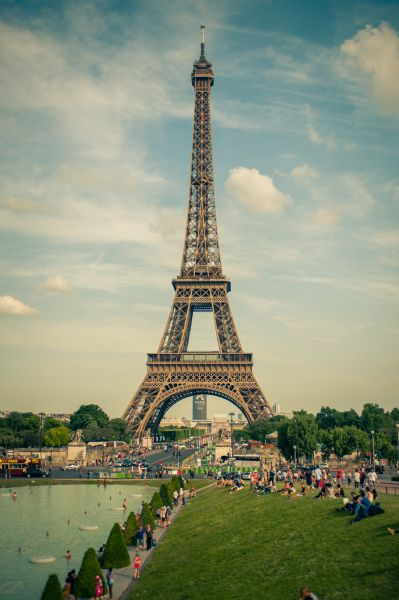 eiffel-tower-france-paris-587844(1)